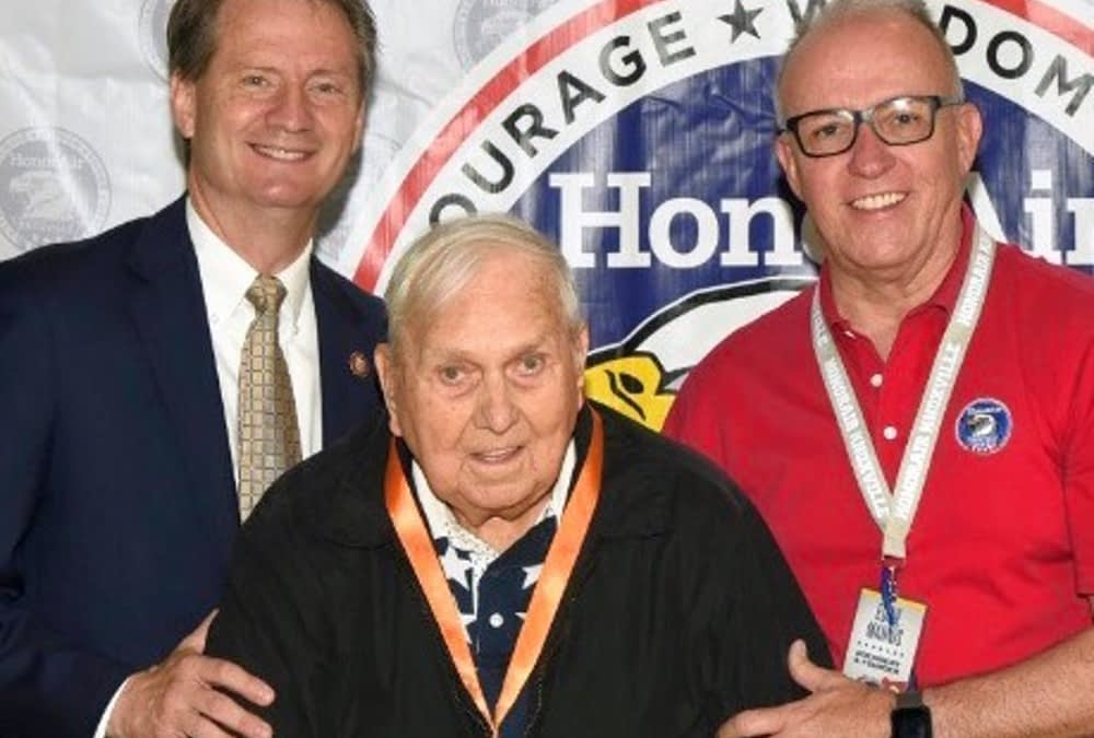 HonorFlight Knoxville Gives Morning Pointe Veteran Virtual D.C. Tour