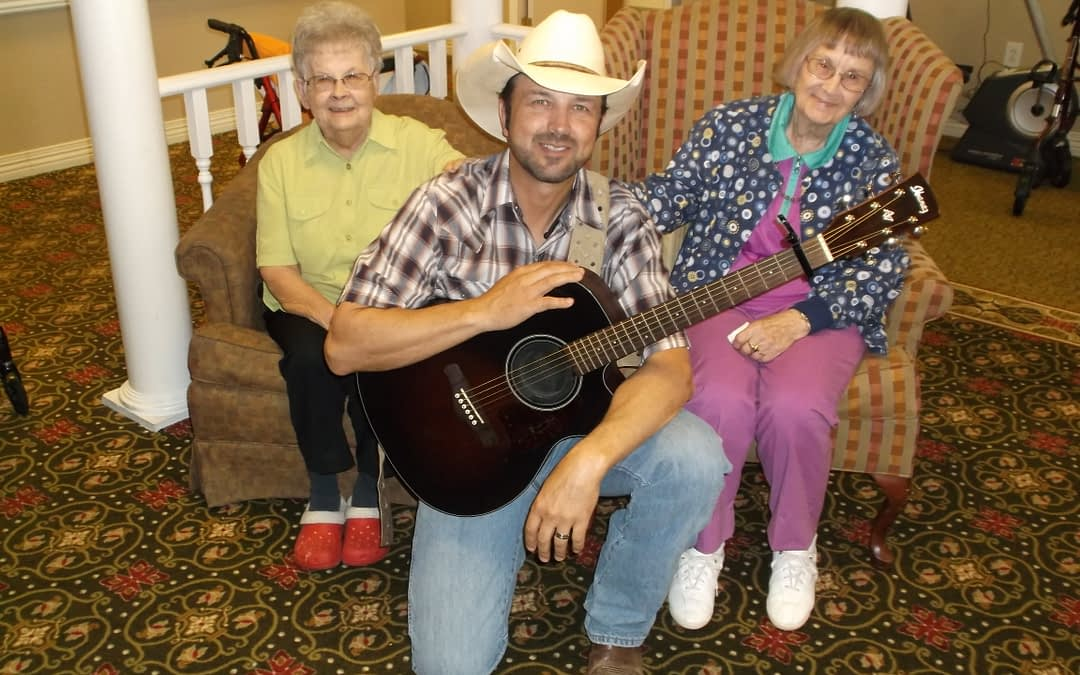 Adrian Ray Brings Country Tunes to Morning Pointe