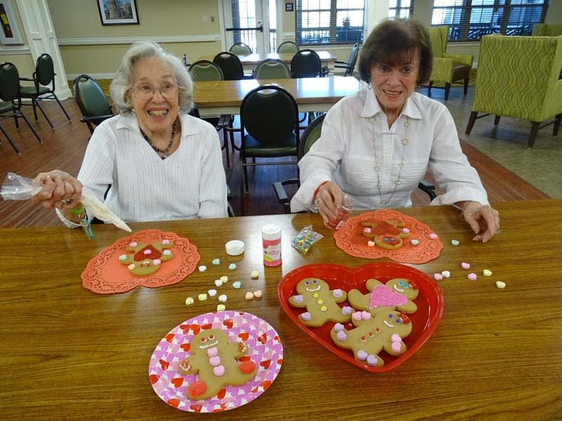 Morning Pointe Makes Valentine's Day Cookies for Community Partners