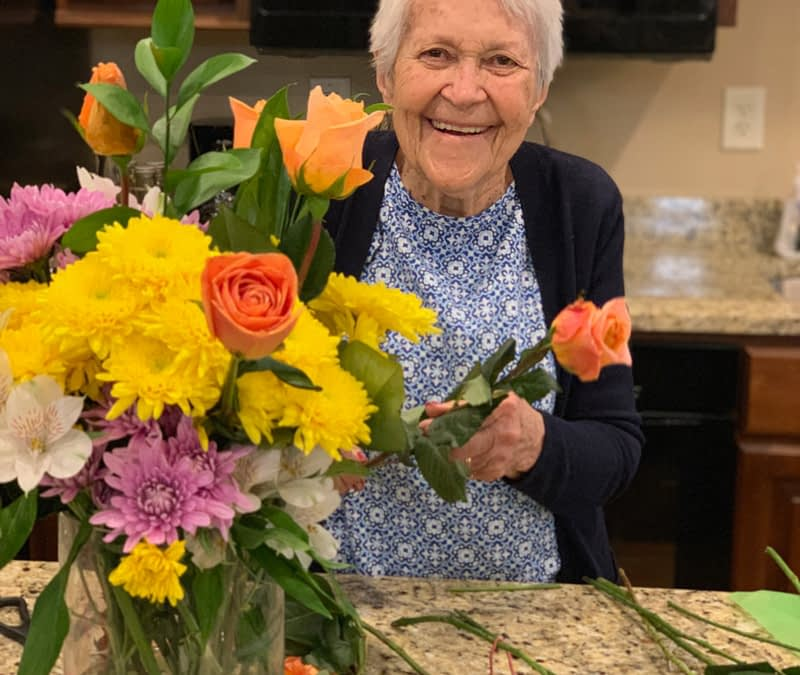 Longtime Flower Show Judge Shares Passion for Floral Arrangements with Morning Pointe