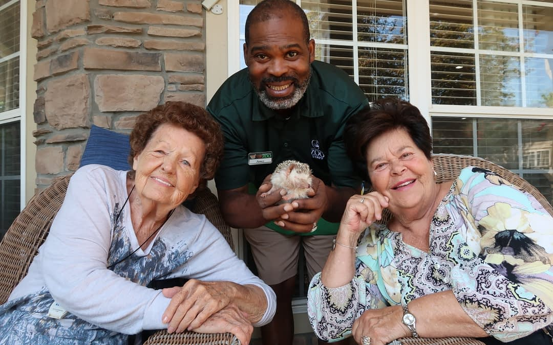 Chattanooga Zoo's James Brantley Shows Morning Pointe Residents the Wonder of the Animal Kingdom