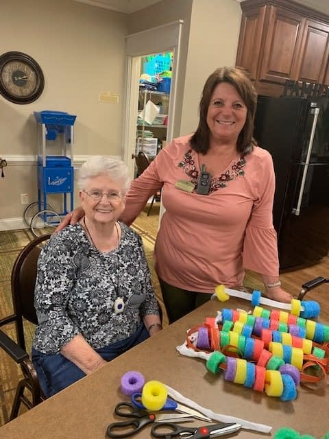 Morning Pointe Residents Make Fidget Spinners for Memory Care Community