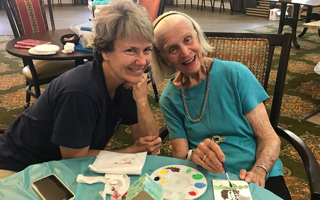 Morning Pointe Resident Enjoys Arts and Crafts