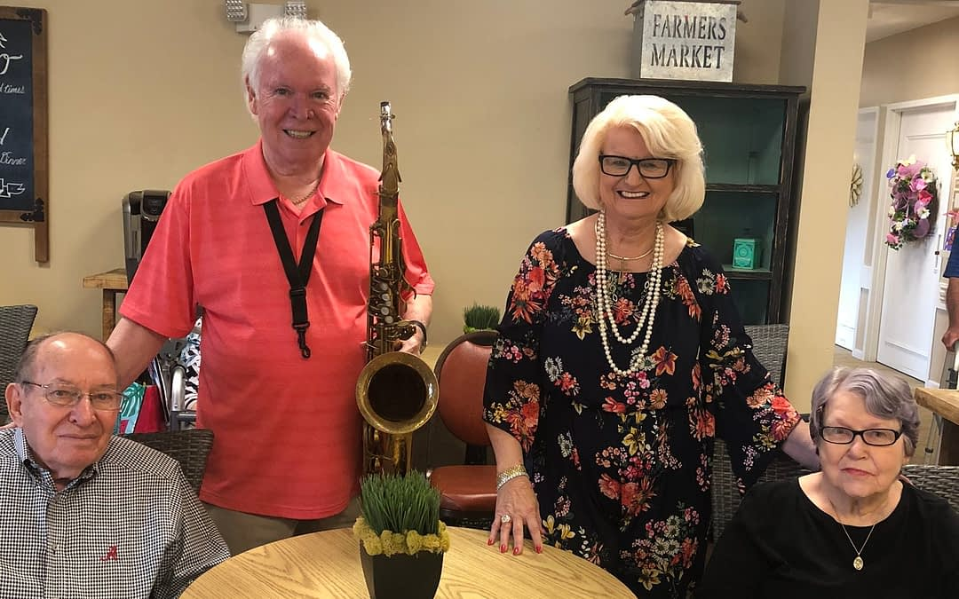 Local Musicians Perform at Morning Pointe
