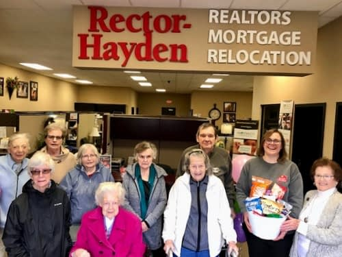 Morning Pointe Residents Thank Rector-Hayden for Continued Support