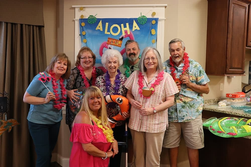 Morning Pointe Residents Celebrate Family Night with a Luau