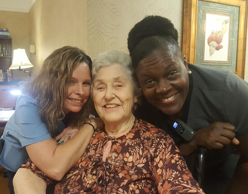 Longtime Morning Pointe Associates Make a Difference in the Life of Resident