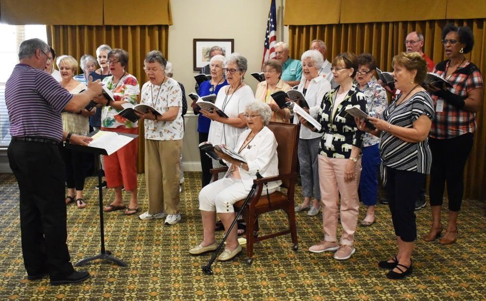 South Carolina Senior Choir Performs at Morning Pointe