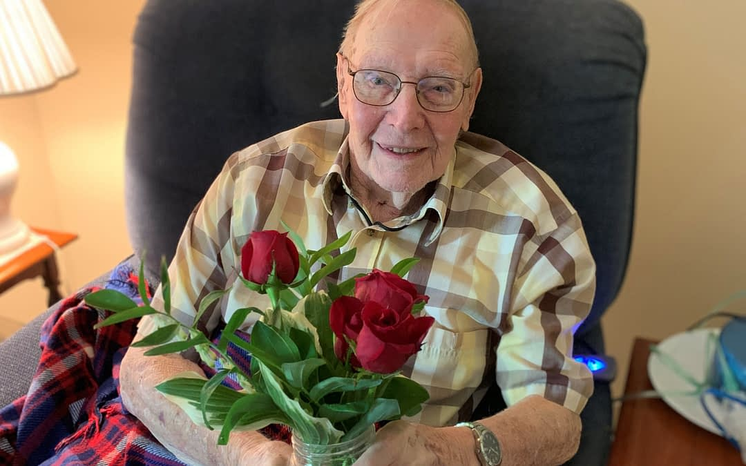 Gardening Club of Lexington Delivers Homegrown Flowers to Morning Pointe Residents