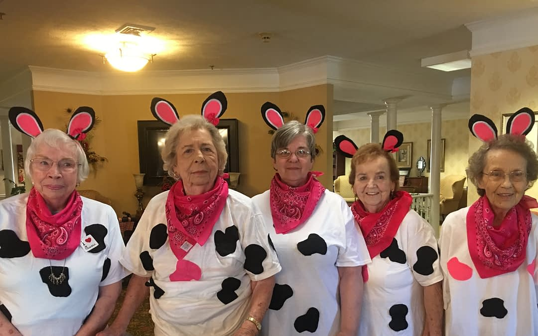 Morning Pointe Residents Celebrates Cow Appreciation Day