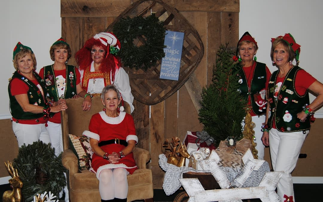 Dixie Stompers Perform Holiday Dance at Morning Pointe