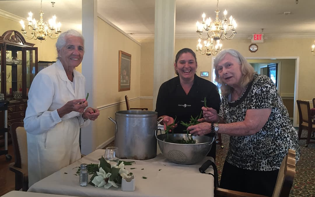 Morning Pointe Residents Reap Late Summer Harvest with Farm to Table Program
