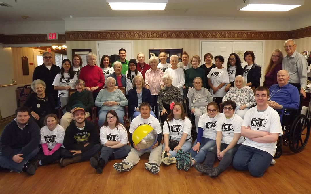 """Franklin College Observes """"Day of Service"""" at Morning Pointe"""