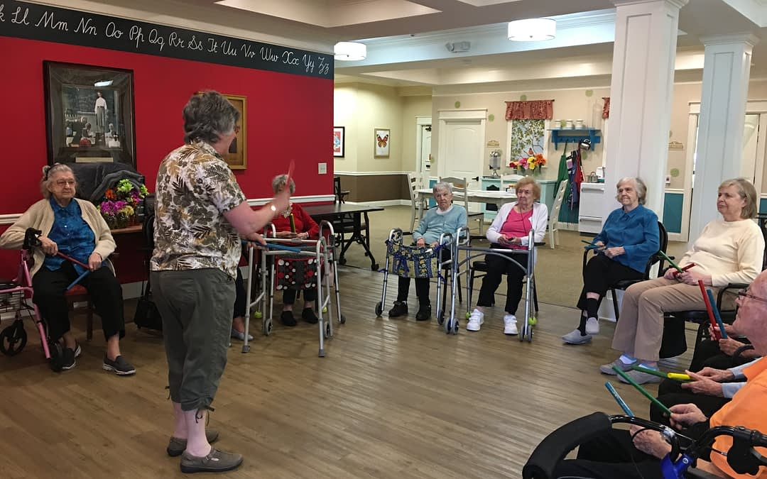 """Morning Pointe Residents Get a """"Rise"""" out of Music Therapy"""
