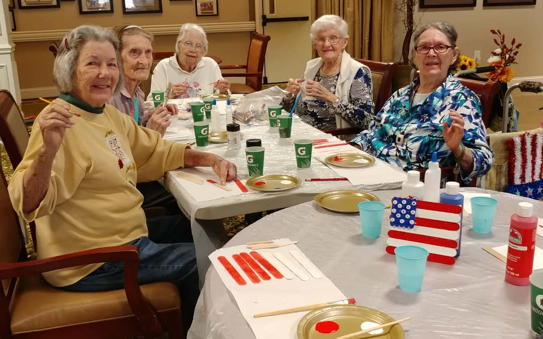 Morning Pointe Residents Celebrate Independence Day Crafts