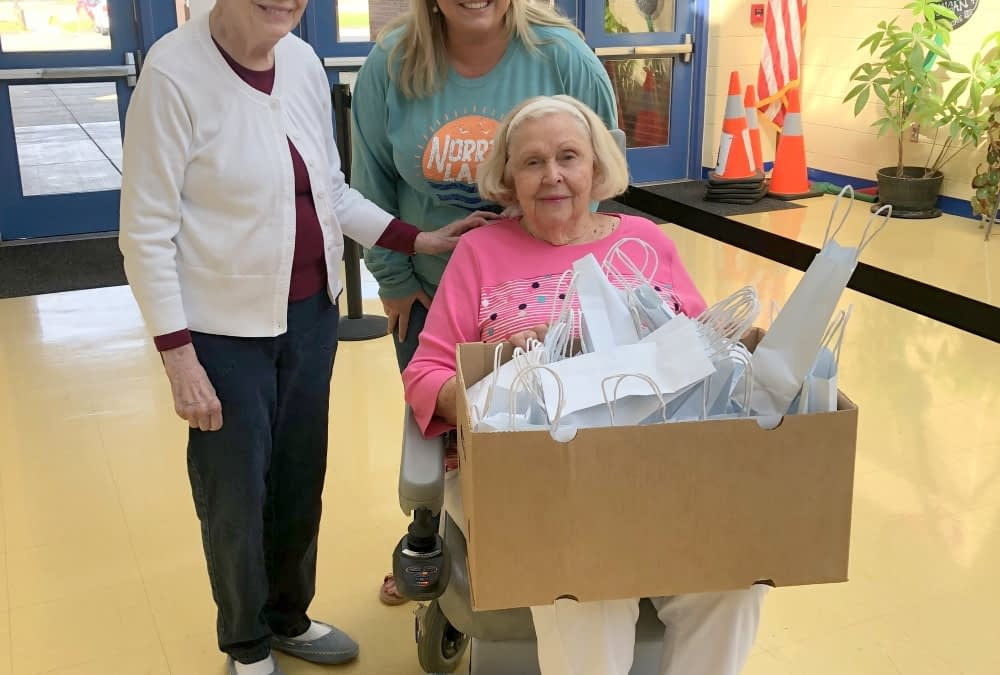 Morning Pointe Residents Give Back to Local Teachers