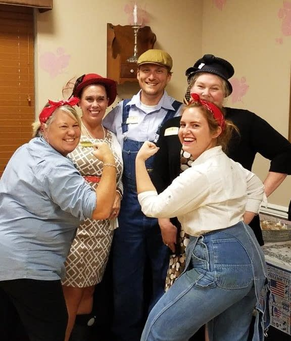 Morning Pointe Relive '40s Favorites During National Assisted Living Week