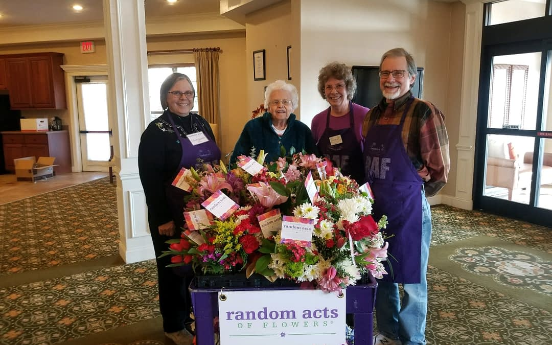 Nonprofit Delivers Beautiful Bouquets to Morning Pointe Residents