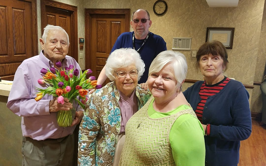 Morning Pointe Brings Blooms to Local Patients