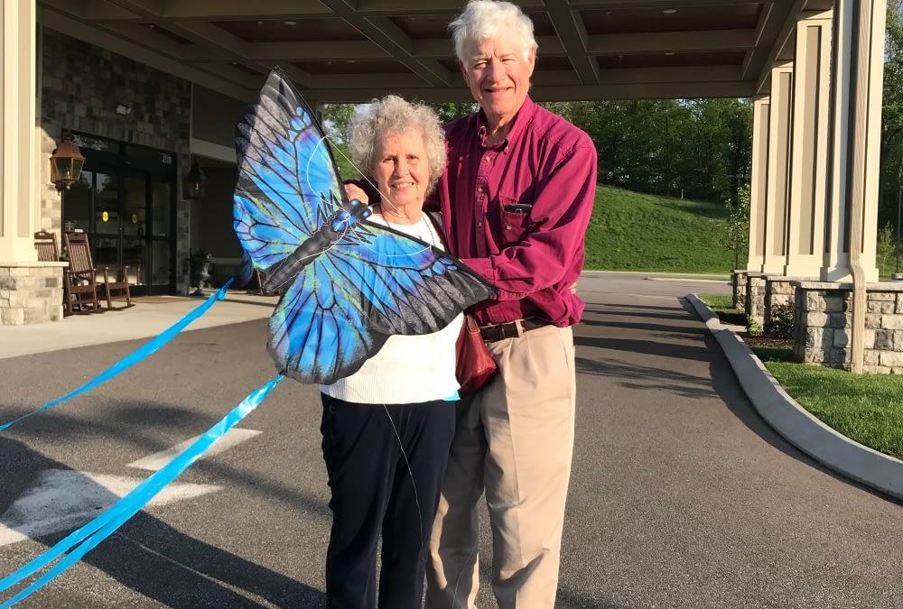 Husband of Morning Pointe Resident Takes Seniors Kite-Flying