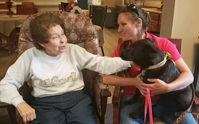 Volunteer Brings Pet Therapy to Morning Pointe