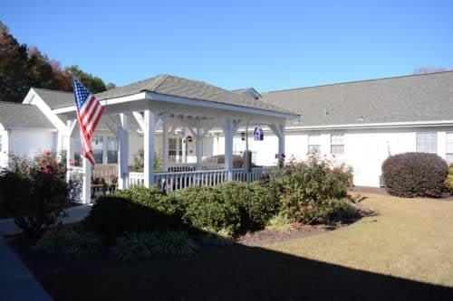 Calhoun-Courtyard-3