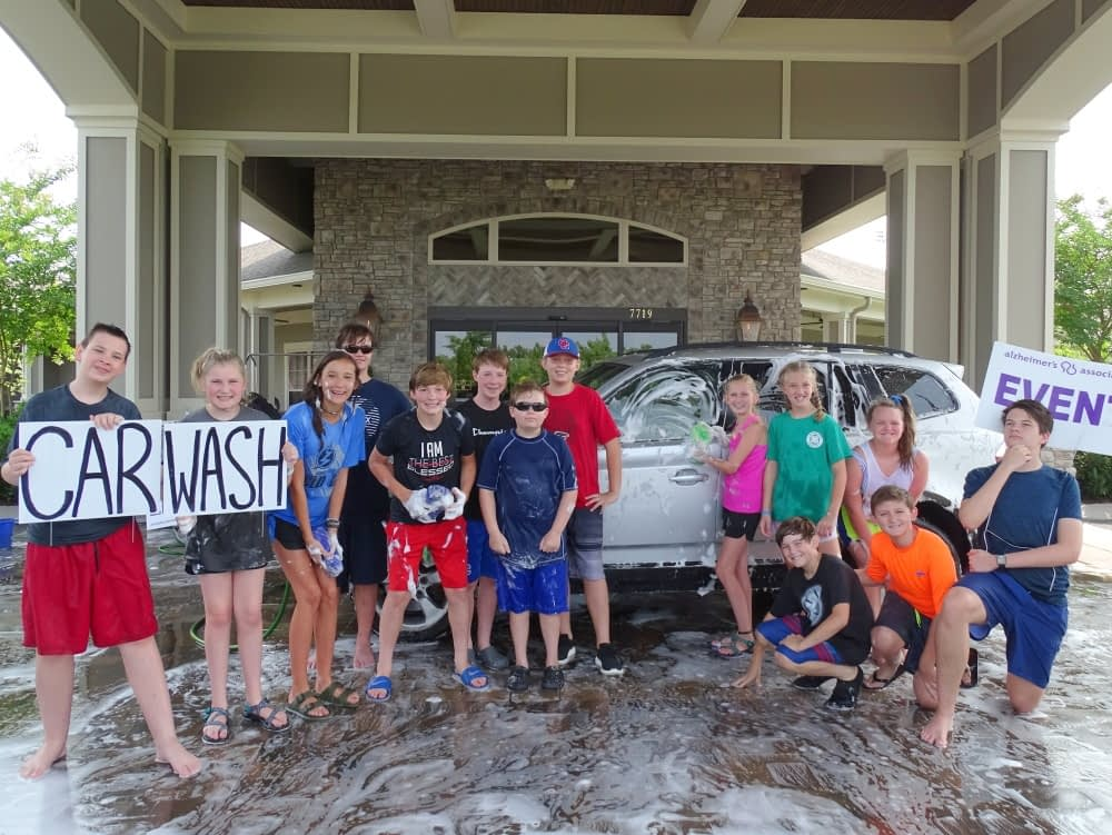Mission Trip Volunteers Host Carwash At Morning Pointe Morning