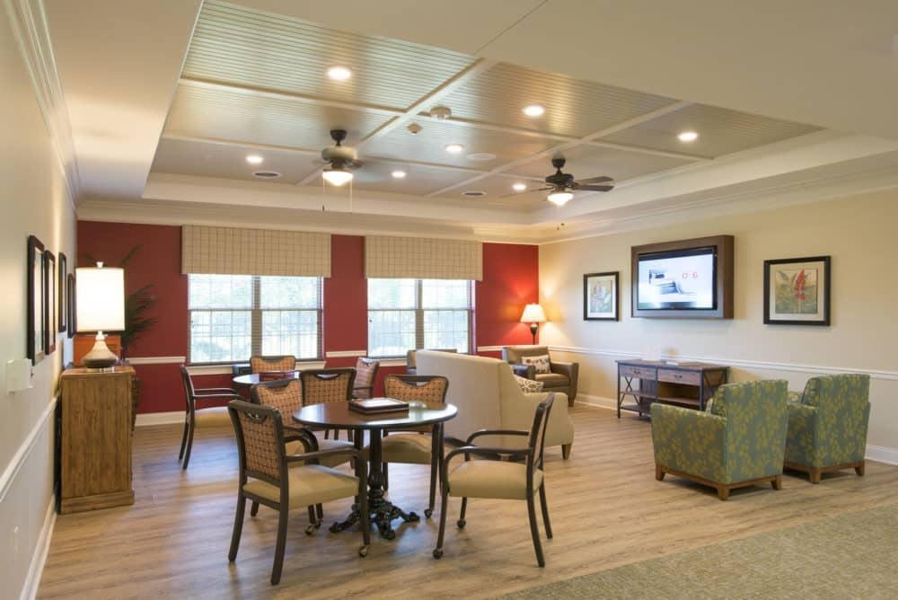 Louisville-Lantern-Lounge